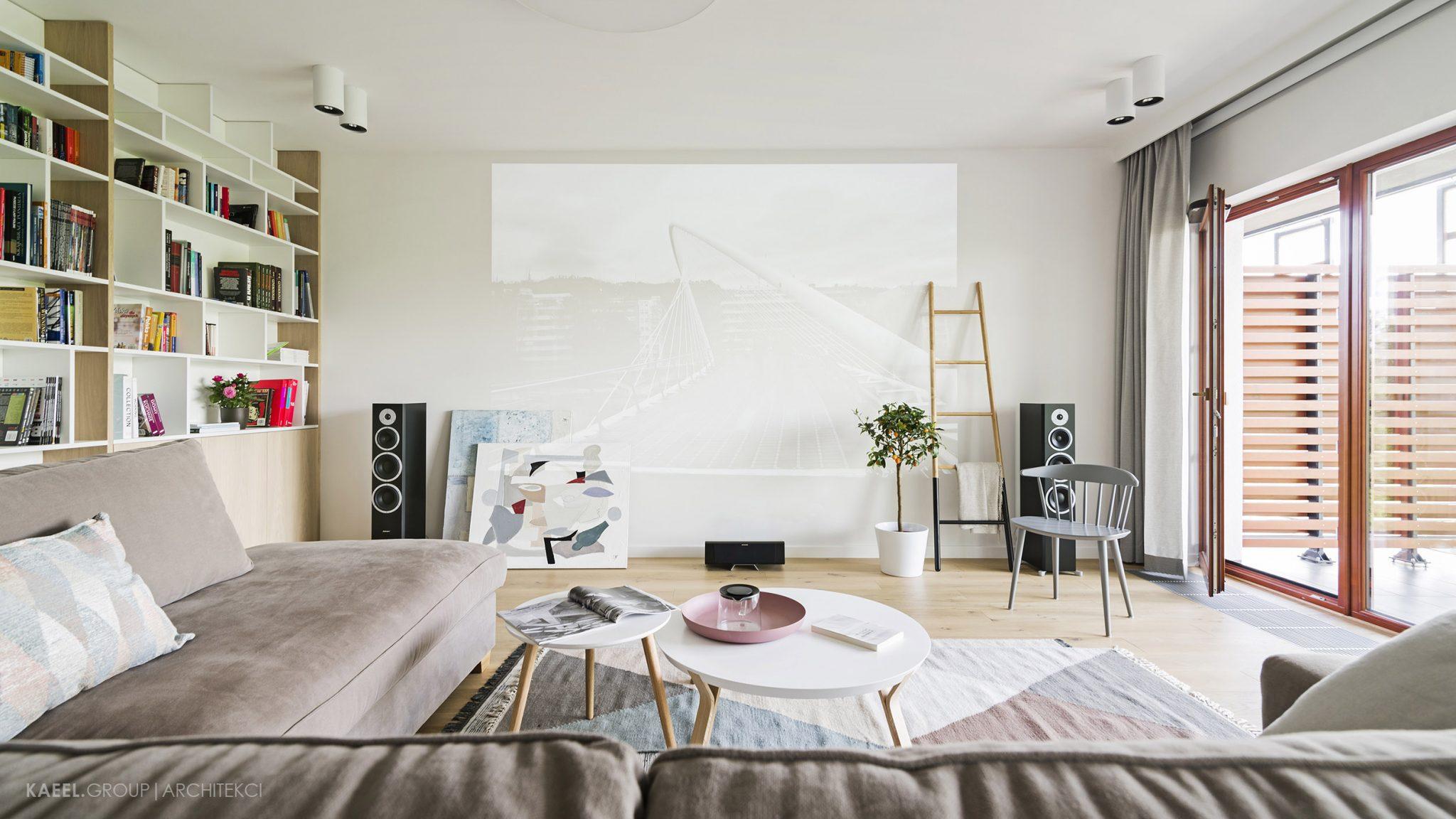 Projektor w mieszkaniu