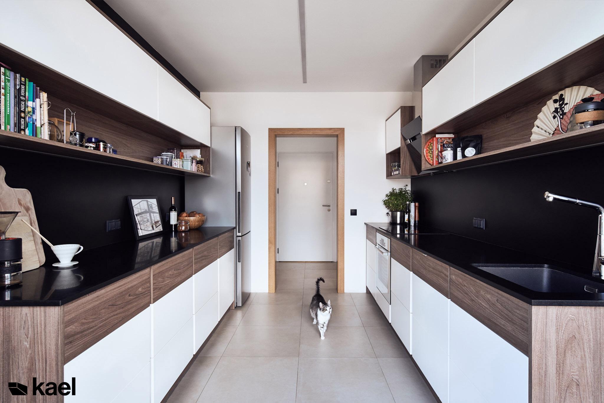 Kuchnia w mieszkaniu w Warszawie