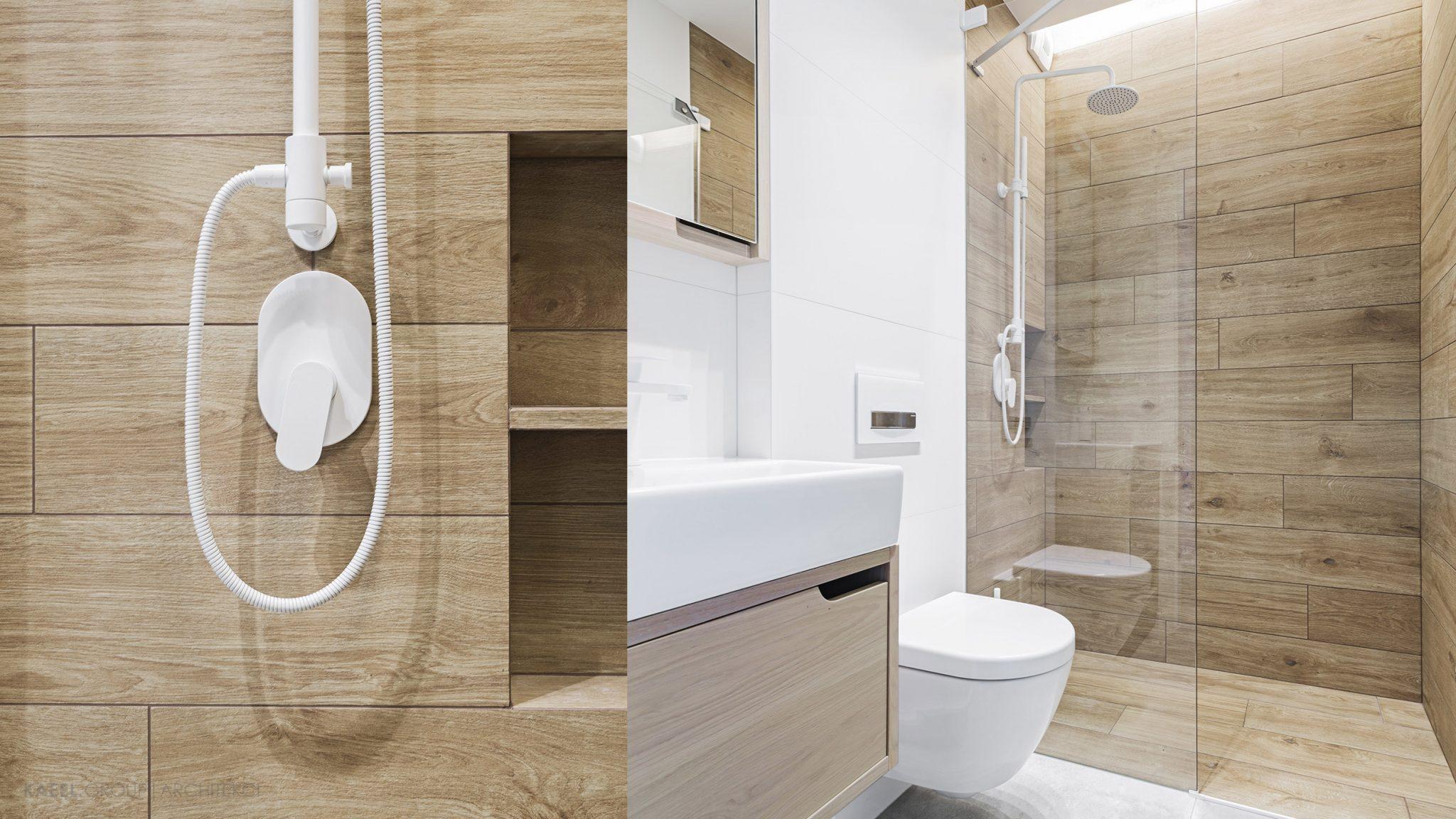 Wc z prysznicem i białą armaturą Zucchetti