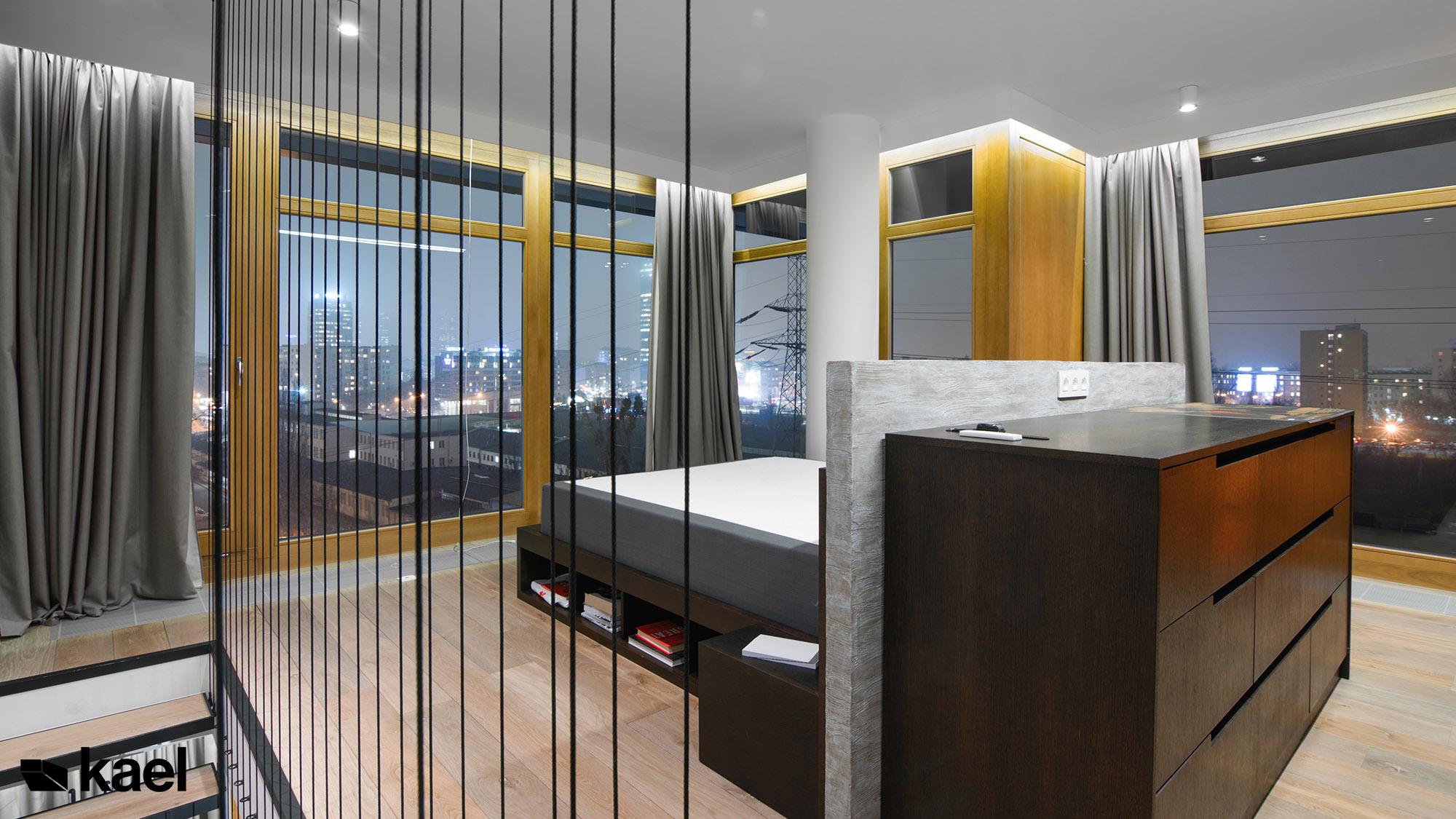Sypialnia z panoramą miasta