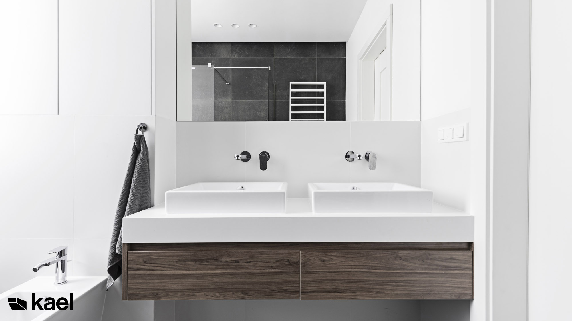 Łazienka - Czerwonych Dębów - widok na umywalkę