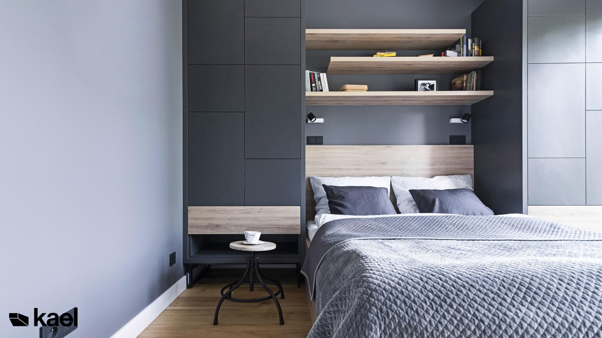Sypialnia w mieszkaniu w Warszawie.