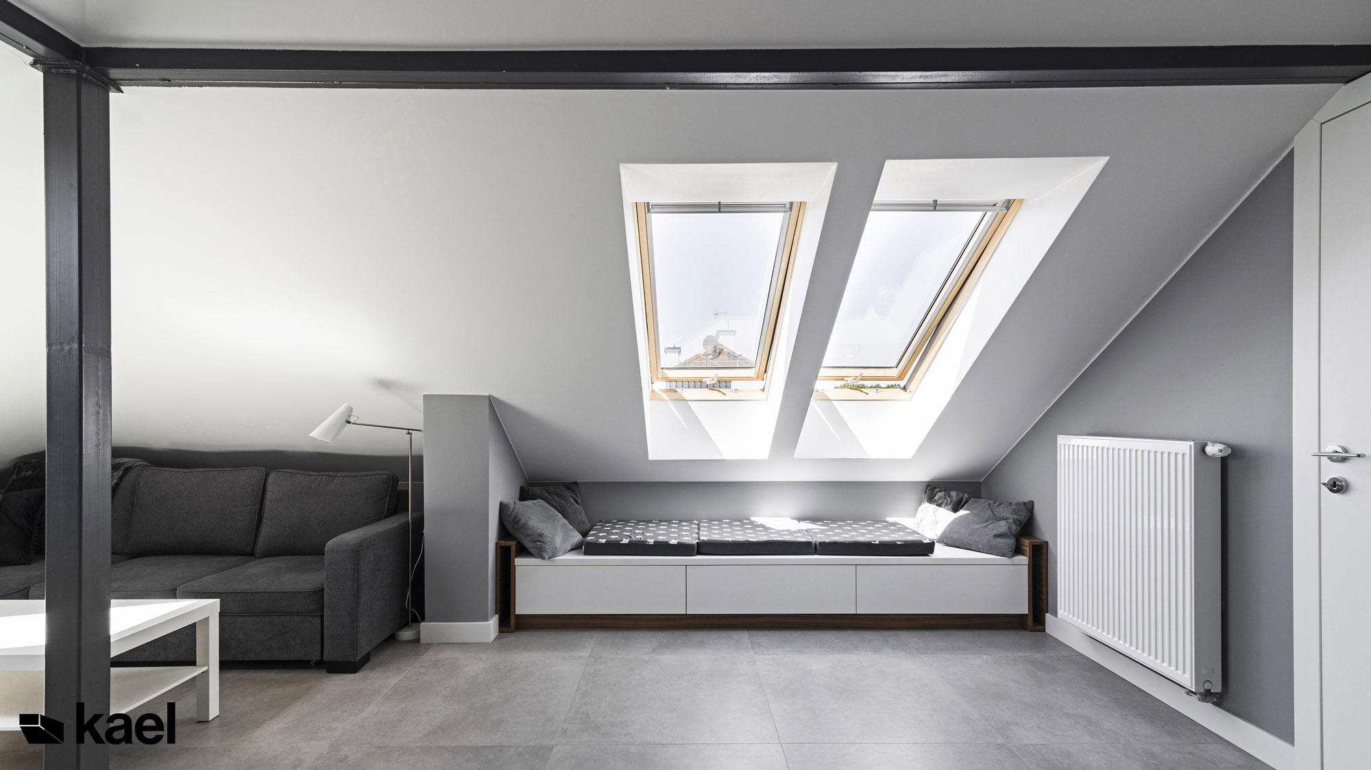 Salon na poddaszu - Czerwonych Dębów - projekt wnętrza domu jednorodzinnego